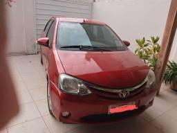 Título do anúncio: etios sedan xls vermelho conservado 2014/2105 completo