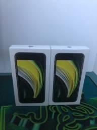 Título do anúncio: iPhone SE 2 (2020) 64gigas novo