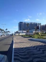 Excelente Quarto e sala com varanda a Beira Mar no Jardim de Alá Totalmente Mobiliado