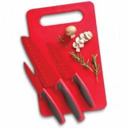 Conjunto 3 Facas Oster Com 1 Tábua de Corte Antiaderente - Cor: Vermelha