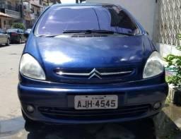 Vende-se carro Picasso - 2005
