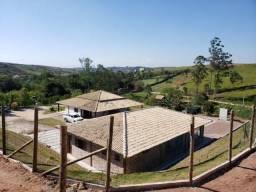 Linda Chácara a venda com 20.000 m², ótima localização!! Escriturada!!