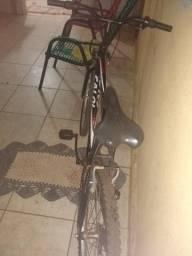 Vendo uma bicicleta Caloi em ótimo estado