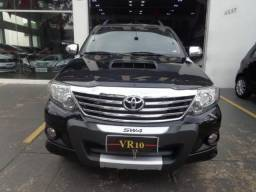 Toyota Hilux Sw4 SRV 4X4 4P - 2013
