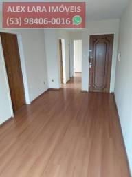 Apartamento para Venda em Pelotas, Centro, 2 dormitórios, 2 banheiros, 1 vaga