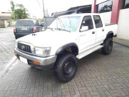 Toyota Hilux 4CDL DX - 2004