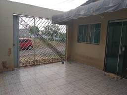 Casa com 3 quartos   Esplanada III   Atrás do Shopping Sul