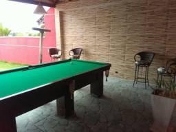 Alugo casa com piscina e mesa de sinuca
