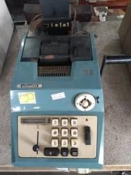 Maquina calculadora olivetti