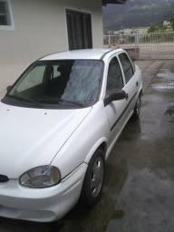 Barbada!!Corsa sedan completo R$ 7.900.00 - 2000