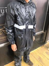 Capa de chuva <br><br>R$ 120,00