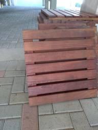 Decks de madeira, 50 a peça