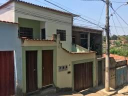 Alugo barracão com 02 quartos próx. ao Xangri-lá