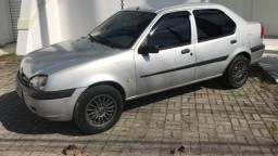 Fiesta Sedan 1.0 ano 2002