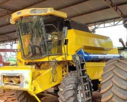 Colheitadeira New Holland TC5070