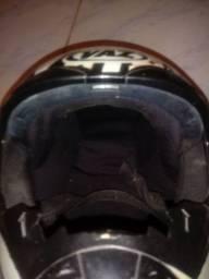 Vendo esse capacete asw marca vaz