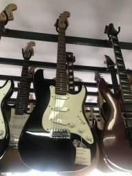 ?Guitarras cubos e KIT completo a preços incríveis