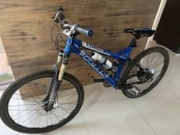 Vendo bike khs full aro 26 com freios a disco hidráulico toda revisada