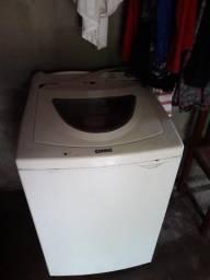 Máquina de lavar é secar roupa faz tudo!