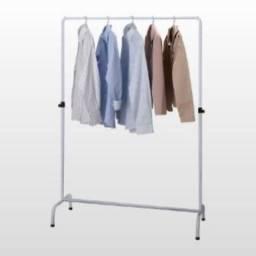 Arara para roupas simples - 120 cm