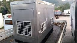Gerador com Motor MWM 60KVA - MWM - WEG - MANUAL