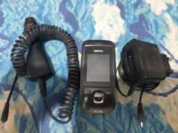 Nokia 2220 com acessórios