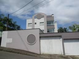Locação na imobiliária: Apartamento semimobiliado com 02 quartos em frente ao Dg da Weg II