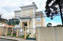 Excelente casa no Ecoville 3 suítes com hidro, 6 vagas e 432m².