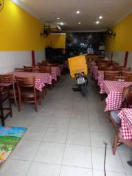 Título do anúncio: Oportunidade - Barato - Passo ponto restaurante ou pizzaria