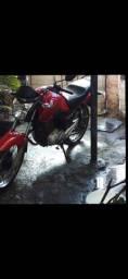 Vendo moto 150