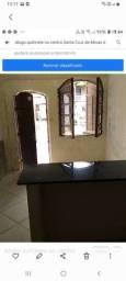 Título do anúncio: Vendo /troco linda casinha no centro de Santa cruz  de minas frente  a praça  principal