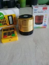 Minizinha pra cartão, mal foi usada, e mini caixinha de som nova.