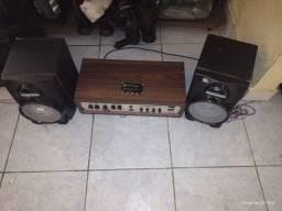 Aparelho de som com caixas 150w