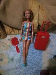 Boneca Mattel (Original) + Maleta de viagem e pente