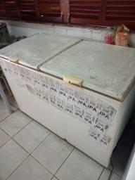 Título do anúncio: Refrigerador freezer