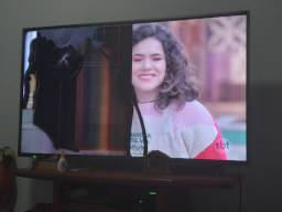 Tv philco smart 4k 55 com defeito