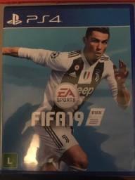 Título do anúncio: FIFA 19 PS4 Standart Edition