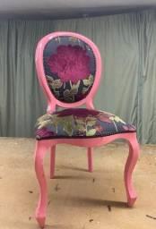Título do anúncio: Cadeira medalhão rosa