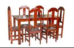Mesas para jantar.