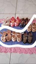 Título do anúncio: Vende-se calçados infantil feminino