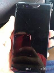 Celular LG x Power 100 com a tela quebrada
