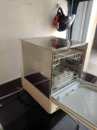 Vendo máquina lava louças
