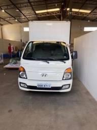 Título do anúncio: Vendo caminhão Hyundai hr