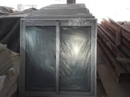 Vendo duas janela de alumínio com vidro top elas sao novas