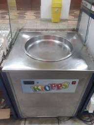Maquina de sorvete thalinhaindes