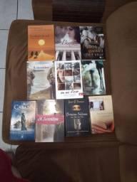 Venda de Livros, cada um por R$8,00