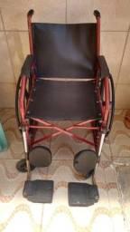 Cadeira de rodas grande