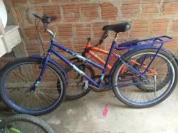Estou vendendo essa bicicleta azul