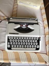 Vendo Máquina de escrever portátil ...
