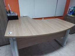 Mesa escritório 140x130